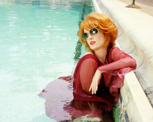 shirley-oliverpeoples3