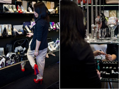 Helen Lee of SASSYBELLA.com tries on shoes at Peeptoe Shoes