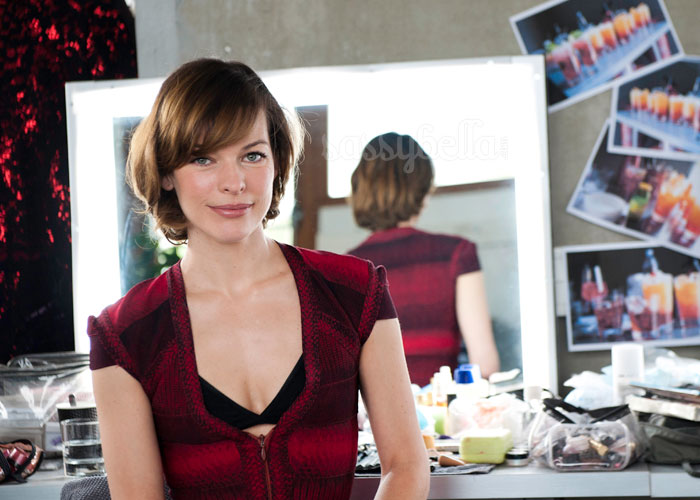 Milla Jovovich to star in Campari's 2012 calendar
