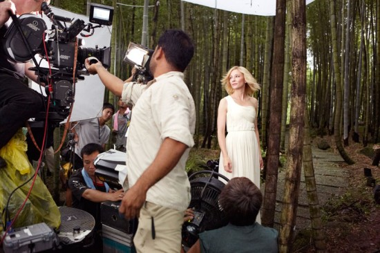 Cate Blanchett - Behind the scenes of the commercial