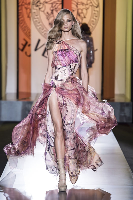 Paris Haute Couture A/W 2013: Atelier Versace steps back in to the spotlight
