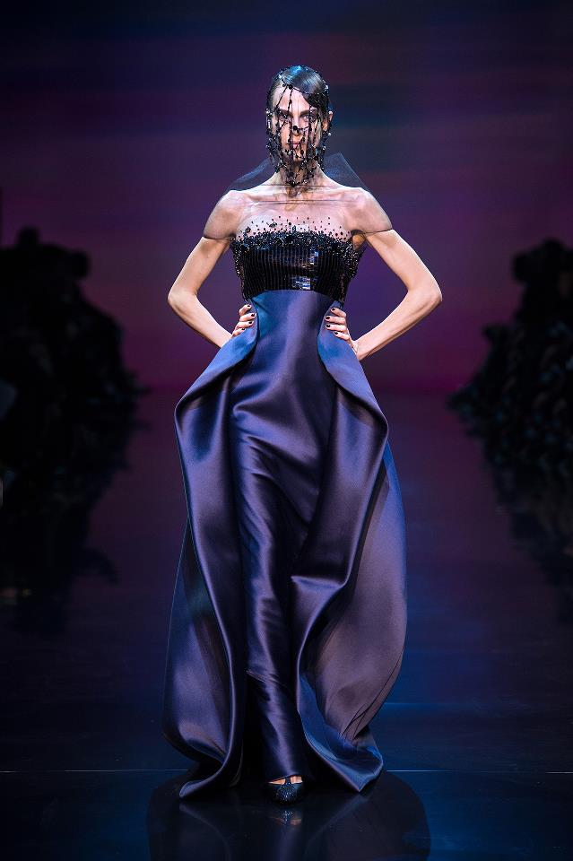 Paris Haute Couture A/W 2013: Armani Prive shows that couture can be both relaxed and breathtaking