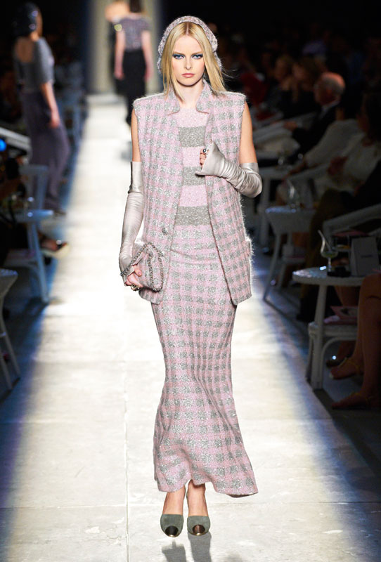 Paris Haute Couture A/W 2013: Lagerfeld balances the fine line between vintage and new at Chanel