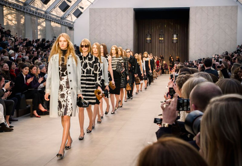 London Fashion Week A/W 2013: Burberry feels the love with 'Trench Kisses'