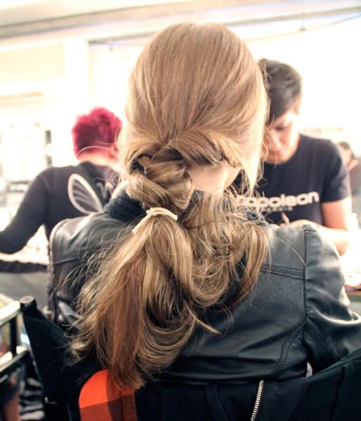 dryshampoo-hair-topsytail