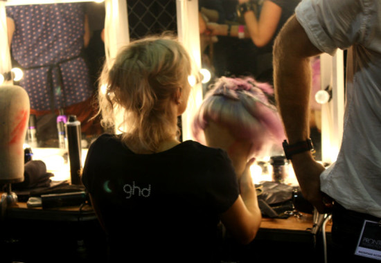 rwb-mbfwa-backstage-07