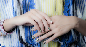 Missoni does ZigZagScratch nail wraps for Christmas