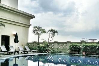 Ritz-Carlton-KL-pool