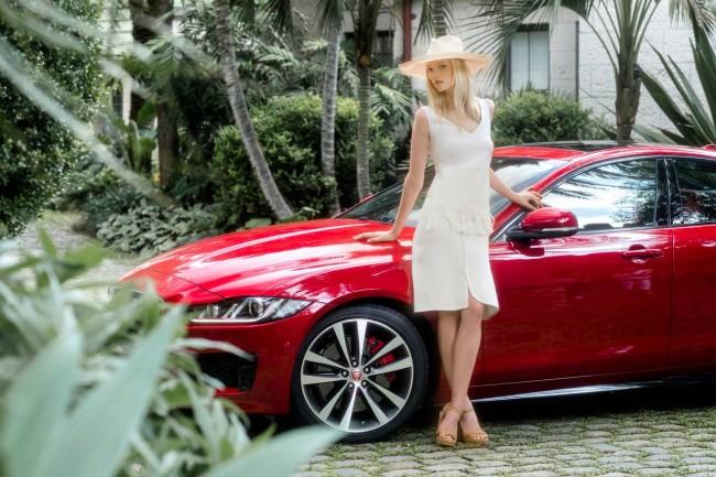 GemmaWard-Jaguar-06