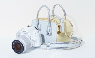 Stella-McCartney_Canon_Linda-camera-bag-3