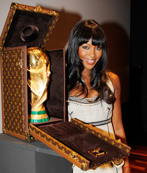 vuitton-worldcup-campbell
