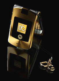 The D&G Gold Razr V3i now in Australia!